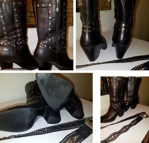Harley Davidson leather riding boots. 3.5 heel